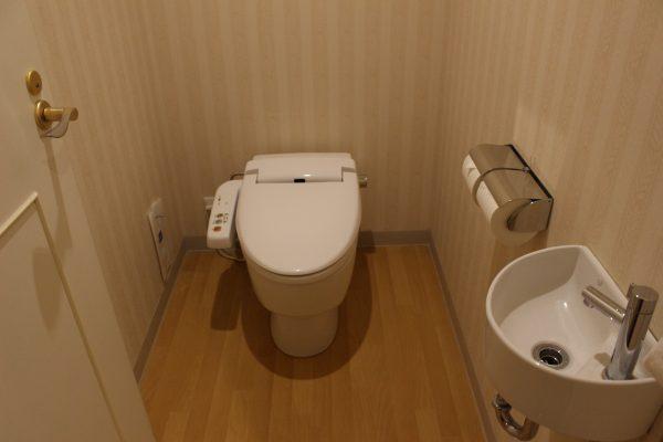 ホテルエミオン東京ベイ和洋室Bトイレ
